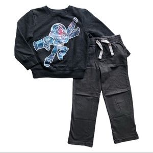 ⭐️ Size 5T Boys Outfit
